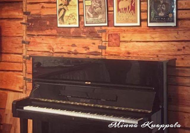 vehoniemen-alamaja-piano-640-450